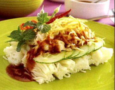 หิวมั้ย ? แวะพักชิมขนมจีนซักชาม