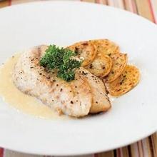 สเต็กปลาซอสขาว