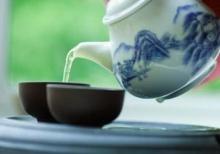 ดื่มชาร้อนอาจเสี่ยงเป็นมะเร็ง