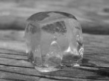 เคล็ดลับ : การดูแลสุขภาพ น้ำแข็ง แก้ปวด