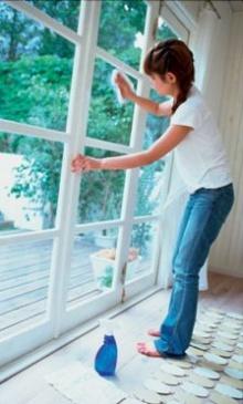 เคล็ดลับ : เช็ดกระจกให้สะอาดสดใส