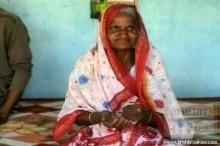 หญิงอินเดียกินทรายวันละ 2 กิโล