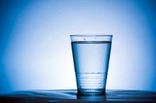 แก้วที่ไม่เคยพอ