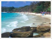 หาดทรายแก้ว หาดทรายมากสีสันของเกาะเสม็ด