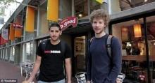5 หนุ่มนักศึกษา สุดเจ๋ง!! ส่ง ′เบอร์เกอร์′ ไปอวกาศ