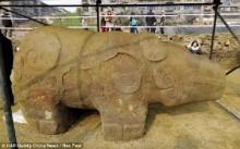 ตะลึง นักโบราณคดีค้นพบรูปปั้นหมีแพนด้า 2 พันปีเป็นครั้งแรก