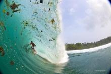 คลื่นขยะในอินโดนีเซีย