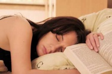นอนเยอะไป ทำให้สมองแก่เร็ว