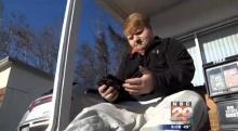 หนุ่มน้อยเด็กเสิร์ฟทำ iPad ไฟไหม้แต่ได้คืนราวปาฏิหารย์จากคนดีของสังคม!