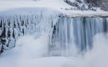 น้ำตกชื่อดังโลกไนแองการ่ากลายเป็นน้ำแข็ง รอบ2
