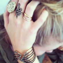 ห้ามสวมแหวนนิ้วกลาง ข้อห้ามโบราณที่ควรรู้