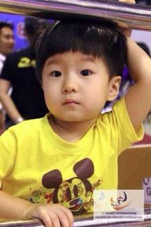 หนุ่มน้อยจากแดนกิมจิ เช ชุน มิน มัดใจสาวไทยอยู่หมัด
