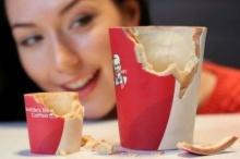 เคเอฟซี ในอังกฤษเตรียมใช้ถ้วยกาแฟกินได้ ลั่น อร่อยแน่!