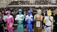 ฮาติ่งแตก ภาพงานรับปริญญาของญี่ปุ่น!!