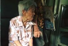 โคตรพีคน้ำตาซึม!!ชาวเนตเเชร์หนัก!!เรื่องราวคุณยายบนรถไฟ!!ด้วยเหตุผลที่หลายคนต้องเเชร์ยับ