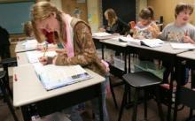 โต๊ะยืนเรียน ทำให้เด็กสนใจเรียนมากขึ้น
