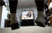 มีทุกข์ดูโทรทัศน์ สบายใจอ่านหนังสือพิมพ์