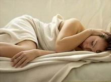อาละวาดตอนหลับ เป็นอาการขั้นต้นๆ โรคอัมพาตแบบสั่น