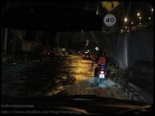 [อัพเดต] ภาพน้ำท่วม จากห้าแยกลาดพร้าวถึง มุ่งหน้าสู่อนุสาวรีย์ชัยฯ