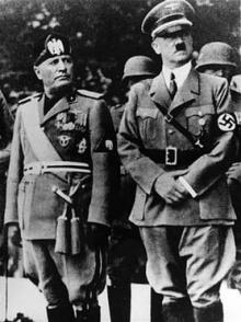 ฮิตเลอร์ (Adolf Hitler) จอมเผด็จการณ์ ผู้สังหารชาวยิวนับ ๖๐ ล้าน