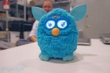 Furby ตุ๊กตาพูดได้ กลับมาอีกครั้งพร้อมสั่งผ่านแอพพลิเคชั่น