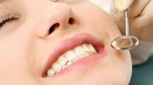 เลือดออกตอนแปรงฟัน...อาจเป็นโรคเหงือก