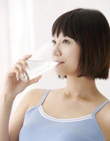 ดื่มน้ำมากเกินไป ก็เป็นโทษ!