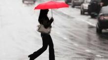 วิธีรับมือยามฝนพรำของสาวออฟฟิศ