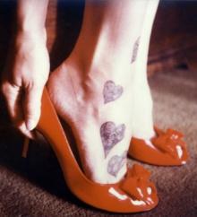 ความรัก กะ รองเท้า ที่ไม่พอดี