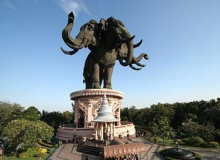 ประติมากรรมช้างสามเศียรใหญ่สุดในโลก