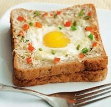 อาหารเช้าง่ายๆ ไข่ดาวอบชีสขนมปัง กรุบกรุบ