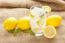 3 เหตุผลดีๆ ที่ต้องดื่มน้ำมะนาวทุกวัน