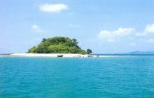 ทะเล ฟ้าคราม และความงดงามของปะการัง เกาะกุฎี