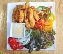 ปลาชะโดเทมปุระสลัดผัก