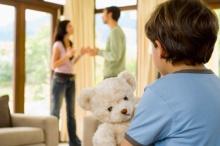 คำถามกระแทกใจ!!! ถ้าสามีหมดรัก เราควรจะทนอยู่เพื่อลูกหรือจะจากไป!!