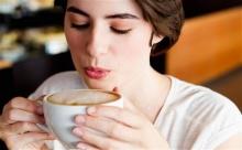 จะเกิดอะไรขึ้นถ้าเรา ดื่มกาแฟทุกวัน