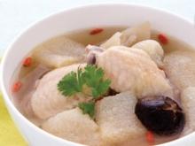 ซุปเยื่อไผ่ซี่โครงปีกไก่ตุ๋น อาหารเพื่อสุขภาพ
