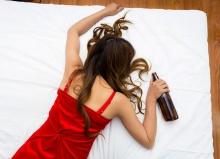 7 สิ่งที่จะเกิดขึ้นกับร่างกายหากคุณหลับไปทั้งๆที่เมา