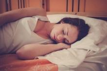 การนอนหลับทำให้จำได้เร็วขึ้นและจำได้นานขึ้น