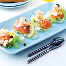 มังคุดกับปลาแซลมอนรมควัน