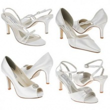 (Beauty Tips) เลือกรองเท้าไปงานให้เหมาะกับชุด