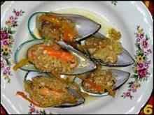 หอยแมลงภู่ผัดซอส