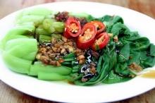 ผักกวางตุ้งฮ่องกงผัดน้ำมันหอย