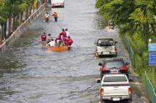 [อัพเดต2] ภาพน้ำท่วม จากห้าแยกลาดพร้าวถึง มุ่งหน้าสู่อนุสาวรีย์ชัยฯ