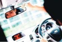 10 วิธีขับรถปลอดภัยช่วงวันหยุดยาว