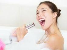 ทำไมเสียงถึงเพราะเมื่อร้องเพลงในห้องน้ำ