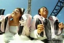 แต่งงานบนรถไฟเหาะที่ชันที่สุด