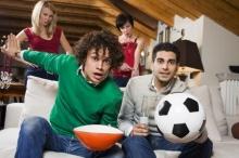 ทำอย่างไร…ถ้าแฟนหนุ่มติดบอล?