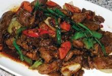 เนื้อเป็ดผัดพริกไทยดำ