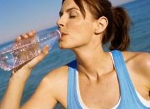 เทคนิคการดื่มน้ำที่ถูกต้อง